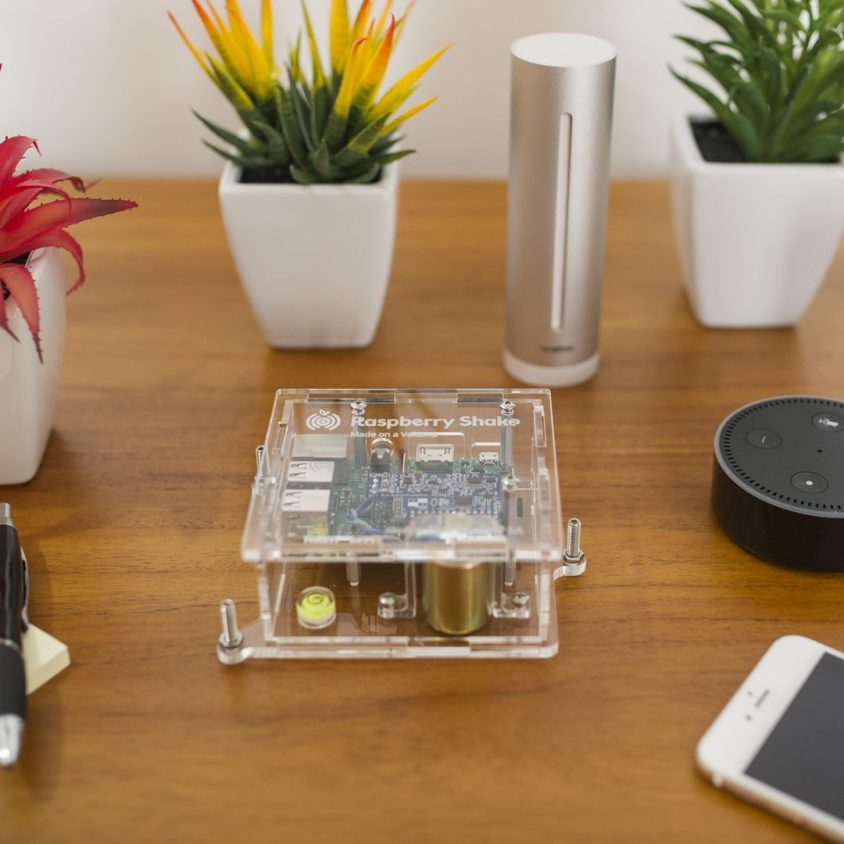 Turnkey IoT Home Earth Monitor RS 1D at Coffee Table